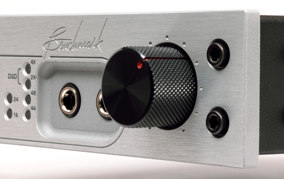 Fresh From The Bench Benchmark Dac2 Dx Stereo D A Converter